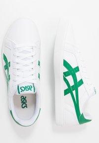 ASICS SportStyle - CLASSIC - Joggesko - white/kale - 1
