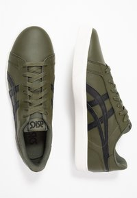 ASICS SportStyle - CLASSIC CT - Sneaker low - olive/black - 1