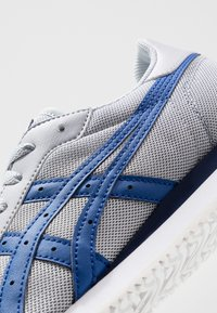 ASICS SportStyle - TIGER RUNNER - Trainers - piedmont grey/asics blue - 5