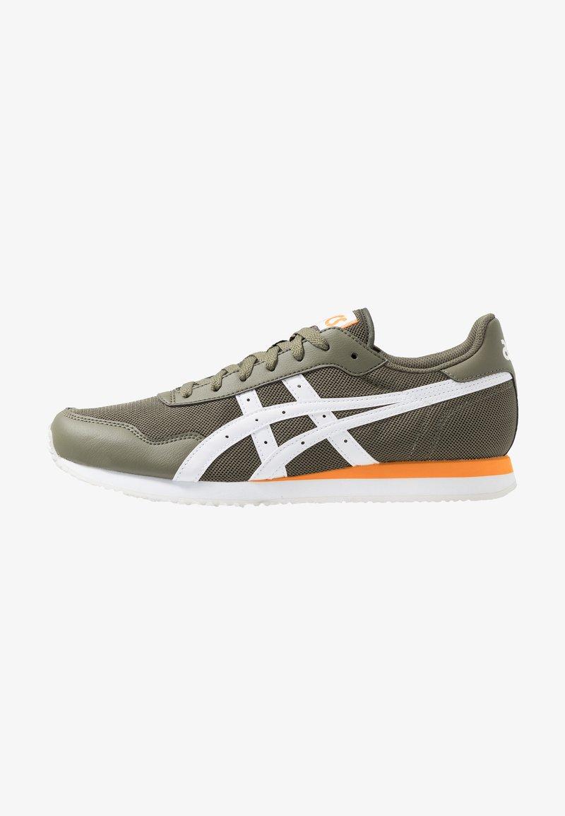 ASICS SportStyle - TIGER RUNNER - Sneakersy niskie - mantle green/white