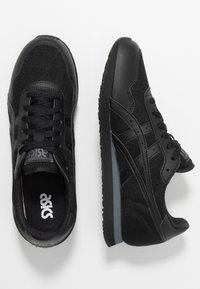 ASICS SportStyle - TIGER RUNNER UNISEX - Trainers - black - 1