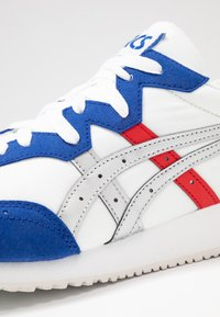 ASICS SportStyle - TARTHER - Trainers - white/blue - 5