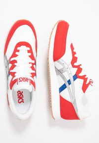 ASICS SportStyle - TARTHER - Trainers - white/classic red - 1