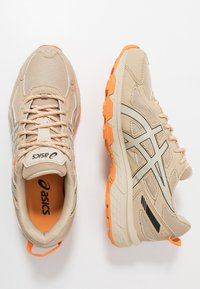 ASICS SportStyle - GEL-VENTURE 6 - Sneakers - putty - 1