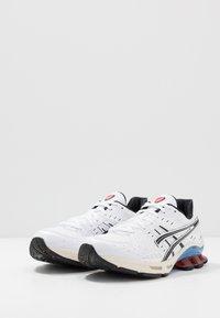 ASICS SportStyle - GEL-KINSEI - Trainers - white/black - 2