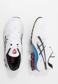 ASICS SportStyle - GEL-KINSEI - Trainers - white/black - 1