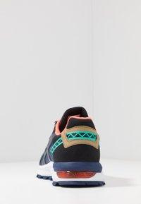 ASICS SportStyle - GEL-CITREK - Trainers - black/blue expanse - 3