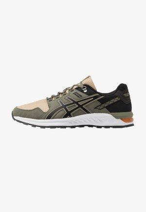 GEL-CITREK - Sneakers - wood/black
