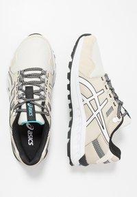 ASICS SportStyle - GEL-CITREK - Sneakers - birch/white - 1