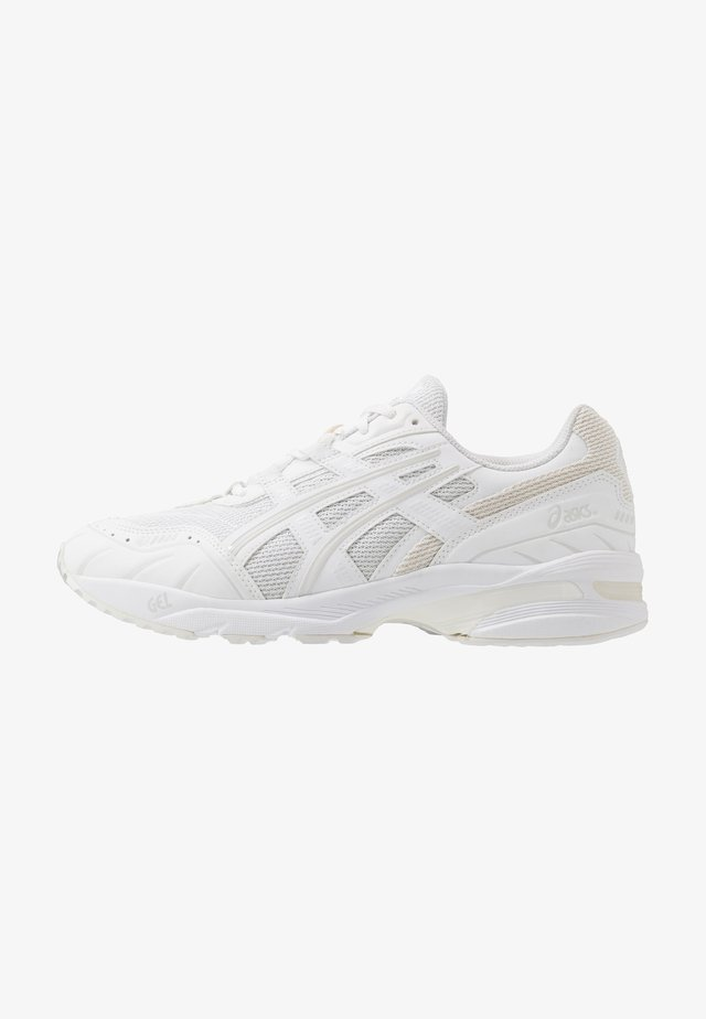 GEL-1090 - Sneakersy niskie - white