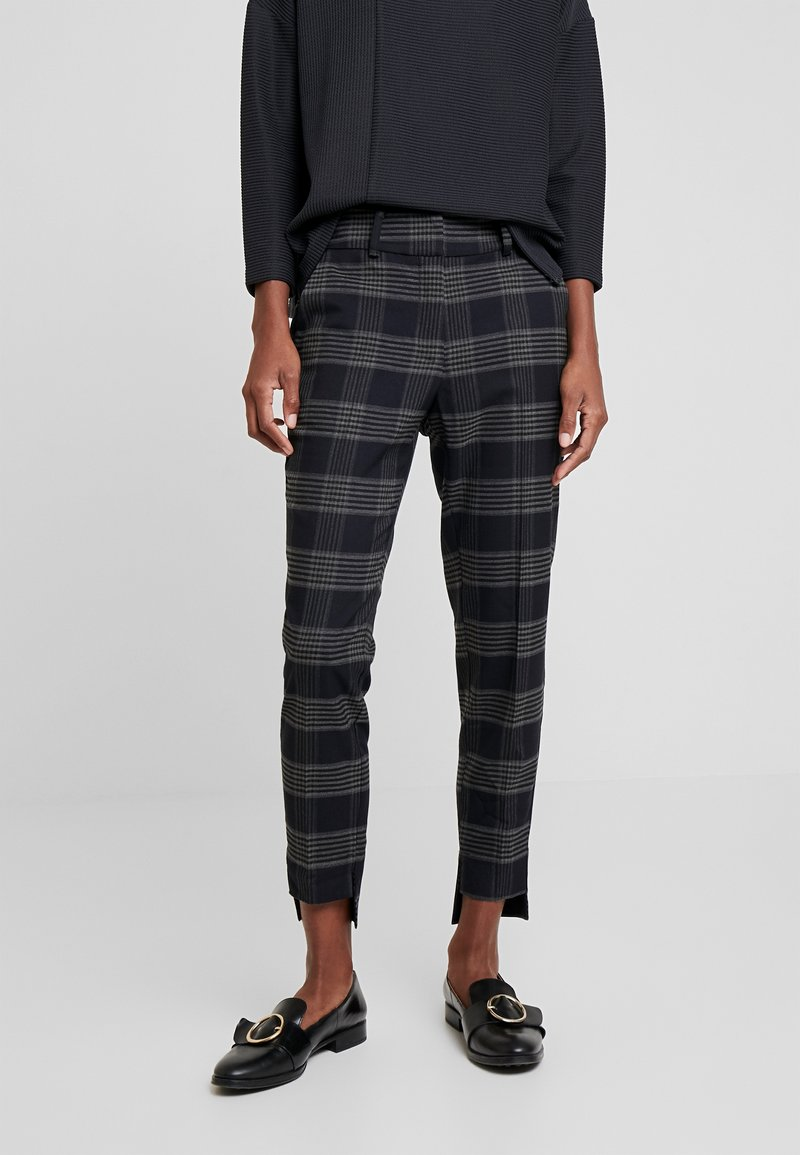 And Less - ALSTINE PANTS - Chinos - blue nights