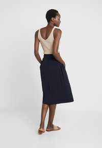 And Less - IMOLA SKIRT - A-linjainen hame - blue night - 2