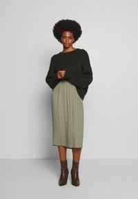 And Less - ALABBYGAIL SKIRT - A-line skirt - vetiver - 1