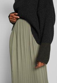And Less - ALABBYGAIL SKIRT - A-line skirt - vetiver - 4