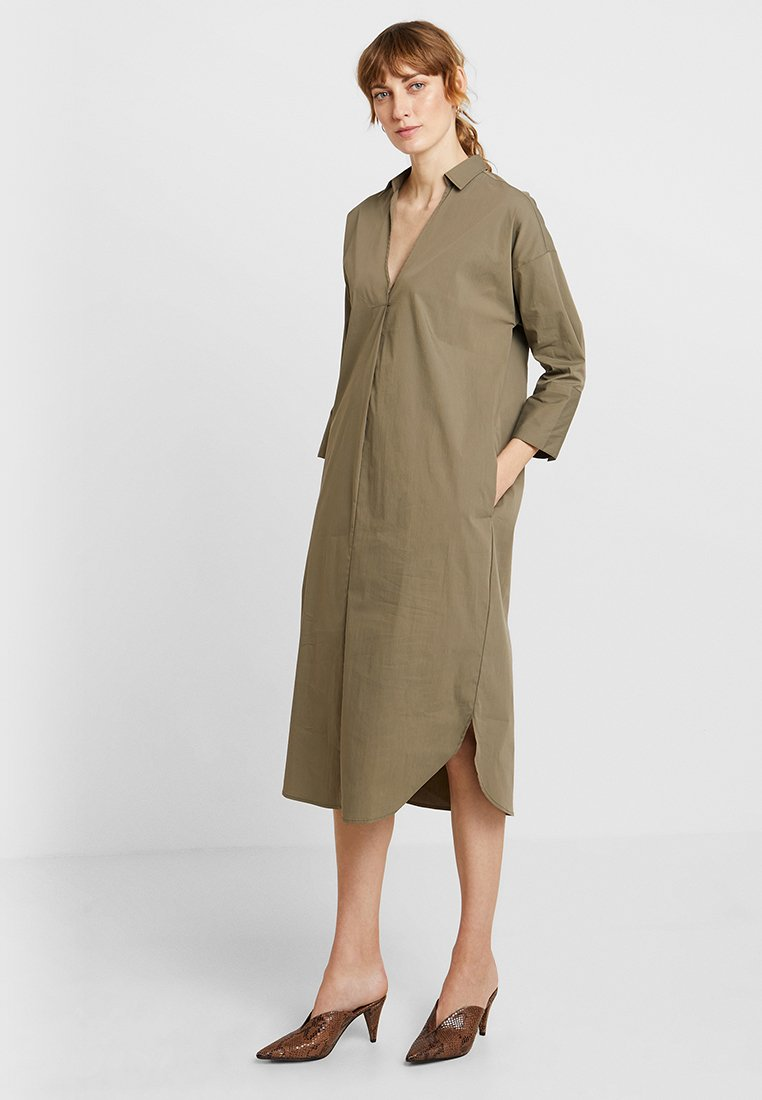 And Less - CAJA DRESS - Day dress - vetiver