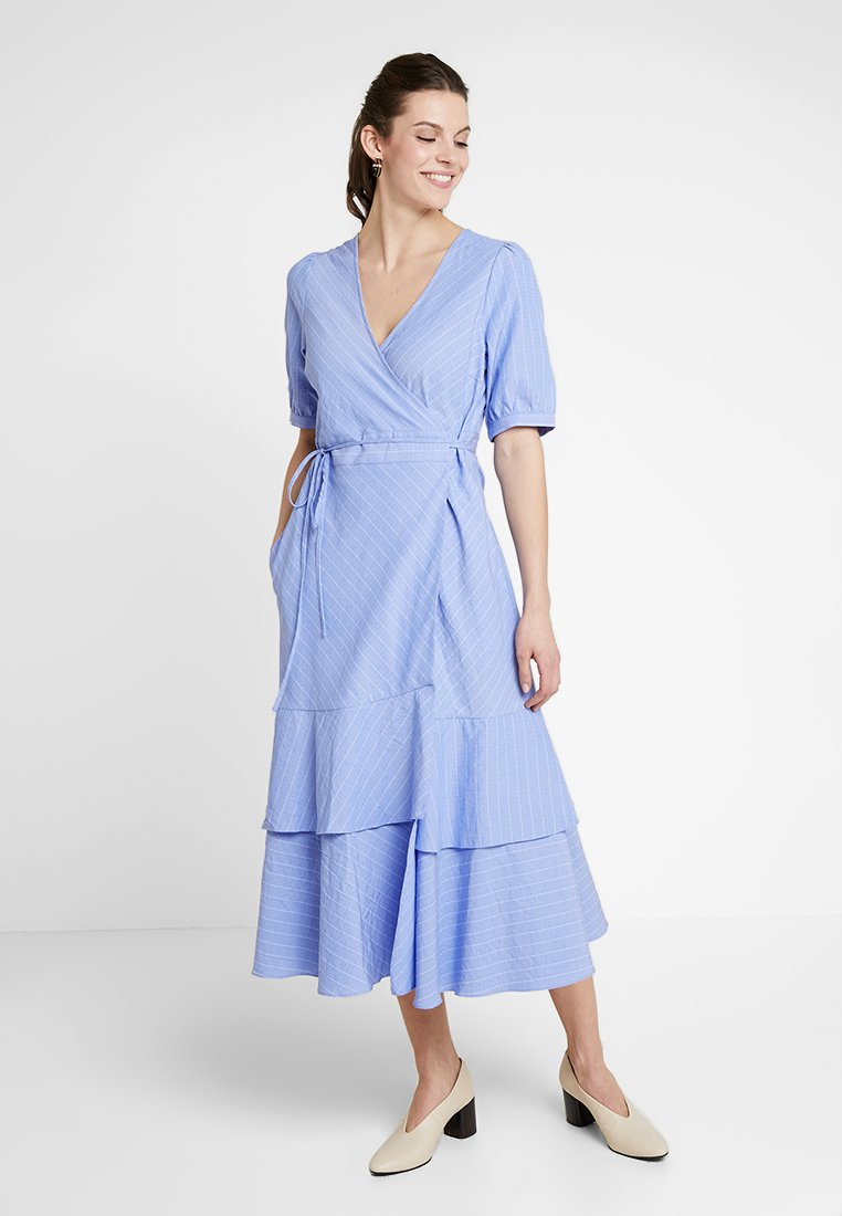 And Less - PIOLAA DRESS - Vestido largo - blue