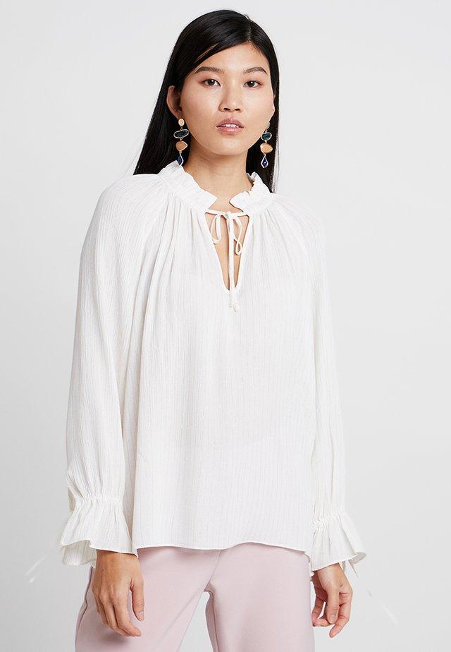 MOMO BLOUSE - Bluse - white allysum