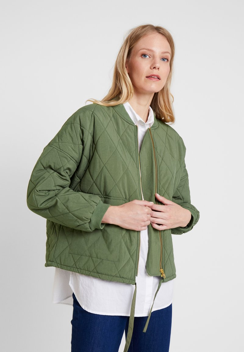 And Less - MARIAM JACKET - Bombejakke - four leaf clover