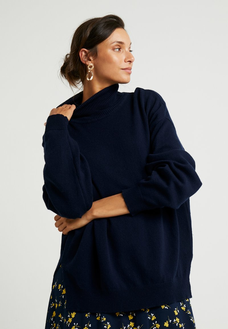 And Less - LESHA - Strickpullover - blue nights