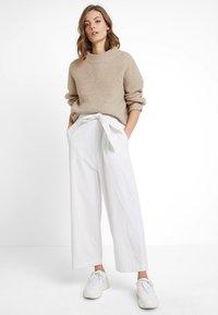 And Less - ALONZO - Tuta jumpsuit - brilliant white - 2