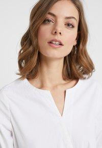 And Less - ALONZO - Tuta jumpsuit - brilliant white - 4