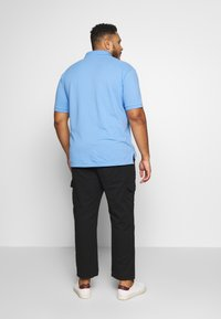 Another Influence - UTILITY PANTS IN PLUS - Cargo trousers - black - 2