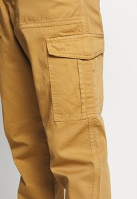 Another Influence - TROUSERS - Cargobyxor - sand - 4
