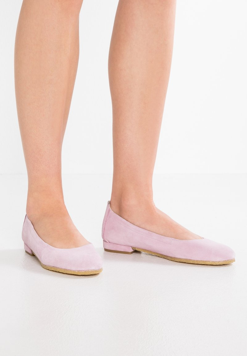 ANGULUS - Klassischer  Ballerina - light rose