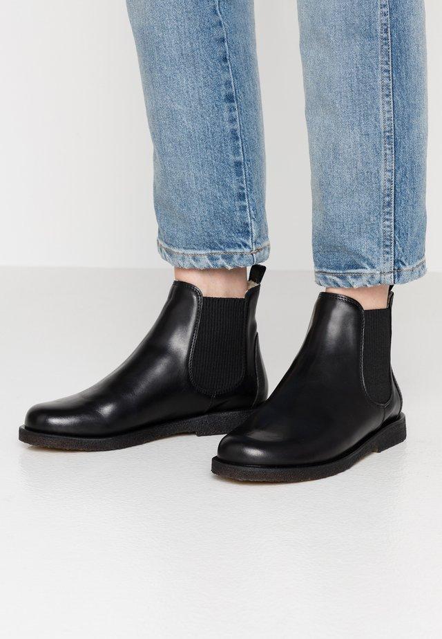 Kotníková obuv - sierra