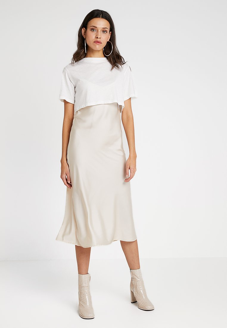 AllSaints - BENNO TEE DRESS - Freizeitkleid - chalk/oyster white