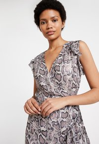 AllSaints - PRIYA MISRA DRESS - Kjole - white - 4