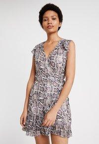 AllSaints - PRIYA MISRA DRESS - Kjole - white - 0
