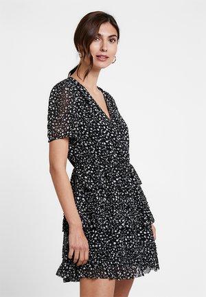 ILIA PIPPA DRESS - Kjole - black