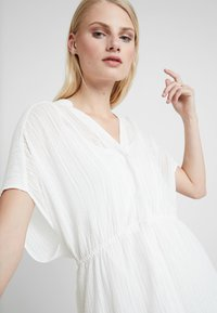 AllSaints - ISME DRESS  - Kjole - chalk white - 3