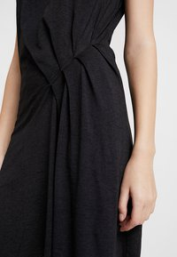 AllSaints - DUMA DRESS - Jerseykjole - dark night blue - 6