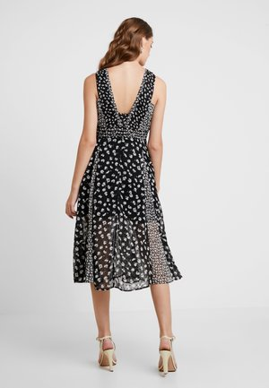 MACELLA SCATTER DRESS - Day dress - black