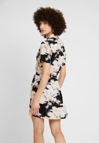 AllSaints - AMIA TALON DRESS - Skjortekjole - black - 2