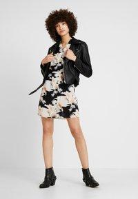AllSaints - AMIA TALON DRESS - Skjortekjole - black - 1