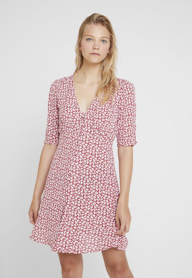AllSaints - KOTA SCATTER DRESS - Vestito estivo - red