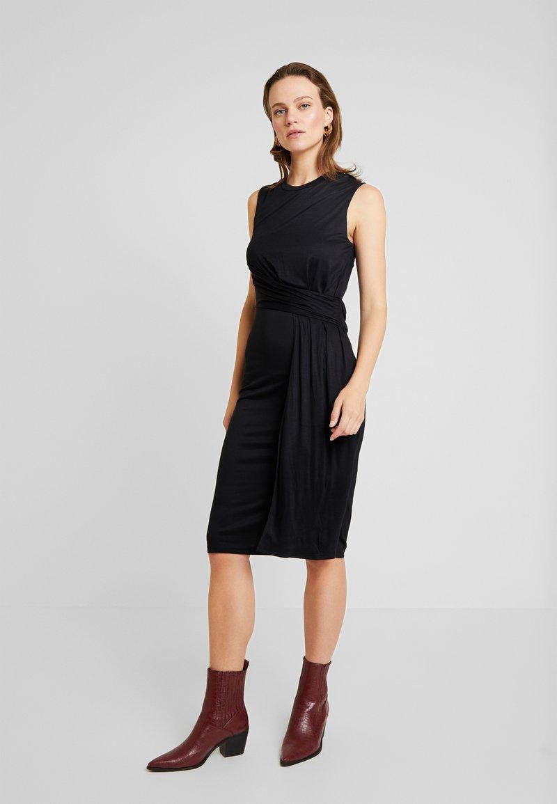 AllSaints - LIMERA DRESS - Žerzejové šaty - black