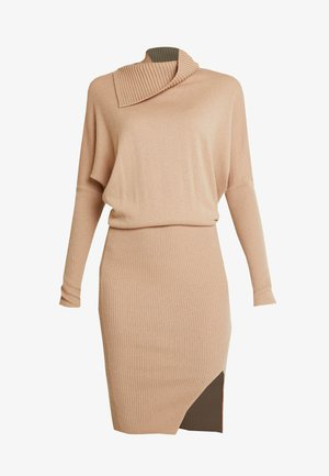 SOFI DRESS - Jumper dress - toffee brown