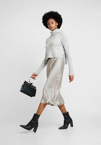 AllSaints - TIERNY ROLL NECK DRESS 2-IN-1 - Jumper - mottled dark grey/stone - 1