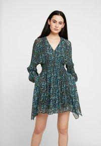 AllSaints - NICHOLA PLUME DRESS - Kjole - opal green - 0