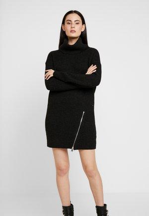 CLAUDETTE DRESS - Strikket kjole - cinder black
