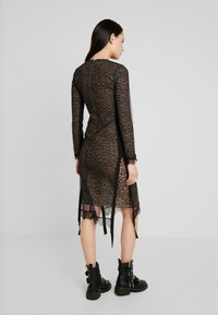 AllSaints - KIARA LINLEO DRESS - Kjole - taupe/brown - 3