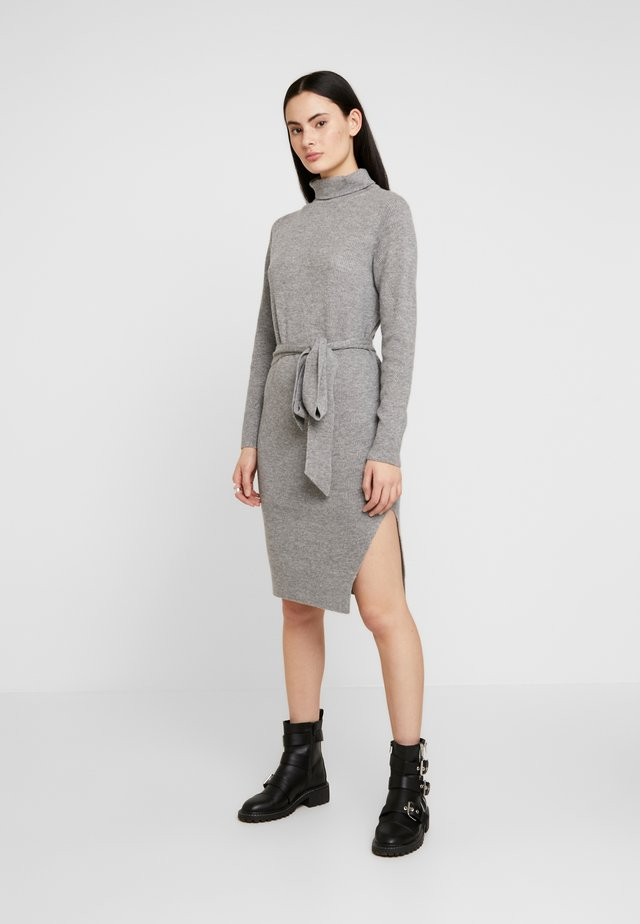 ROZA JUMPER DRESS - Gebreide jurk - pale grey