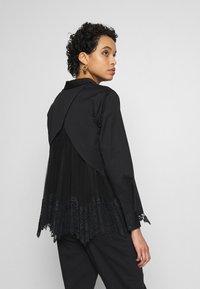 AllSaints - IRIS LACE SHIRT - Bluser - black - 2