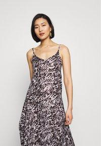 AllSaints - ESSIE AMBIENT DRESS - Kjole - pale grey - 3
