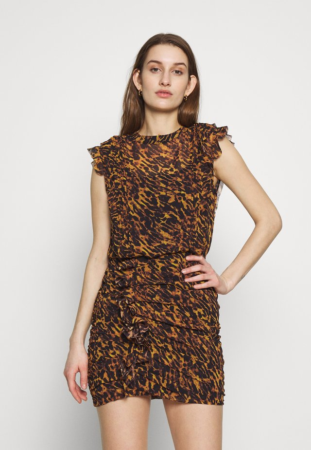 HALI AMBIENT DRESS - Korte jurk - brown