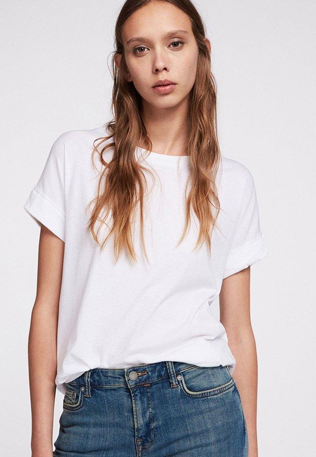 IMOGEN BOY - T-shirts basic - optic white
